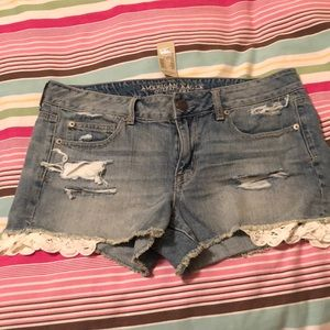 Timeless American Eagle Lace insert shorts